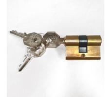 Accessoires PREFER pour rideaux metalliques : Cylindre européen clés différentes L44