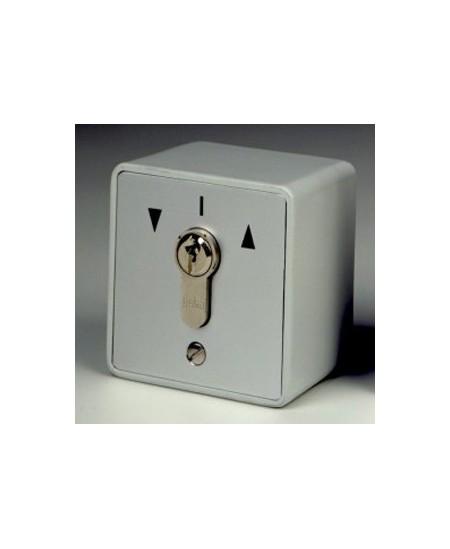 Commandes filaires Geba pour rideaux metalliques : Boite à clef saillie / Clefs différentes
